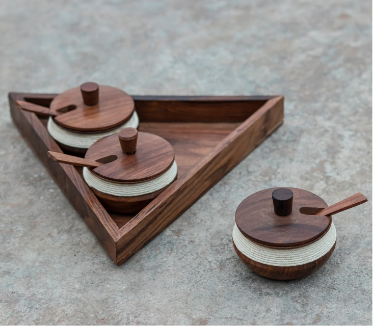Sheesham Wood Handis with Triangular shape Serving Tray